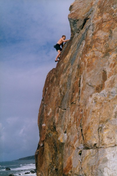Chris Summit solos Red Slab