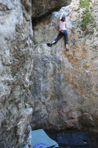 Angie Corwin boulders Watercourse 5.10a/V0R