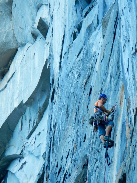 Ian Nicholson leading the second pitch of T-Trip on our first day on t...