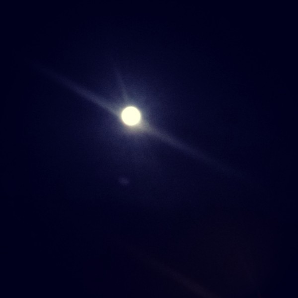 Full moon in Tucson ... shitty capture of something so enchanting.  I ...