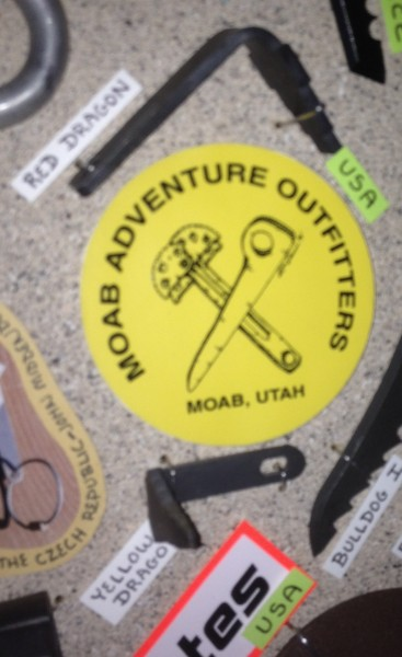 Red Dragon, Yellow Dragon cam hook <br/> - MOAB Adventure Outfitters