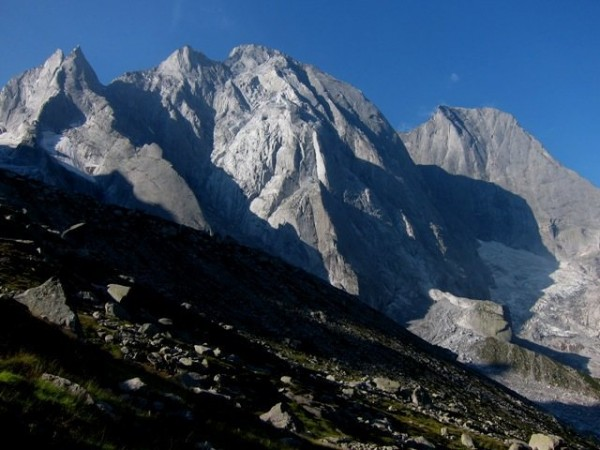 L to R:  Gemelli, Cengalo, Badile.  Swiss Italian border.