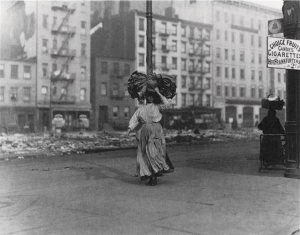 Italian immigrant - East Side New York 1910