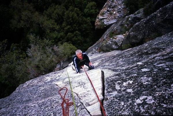 Roger climbing ringless on Bishop's Balcony