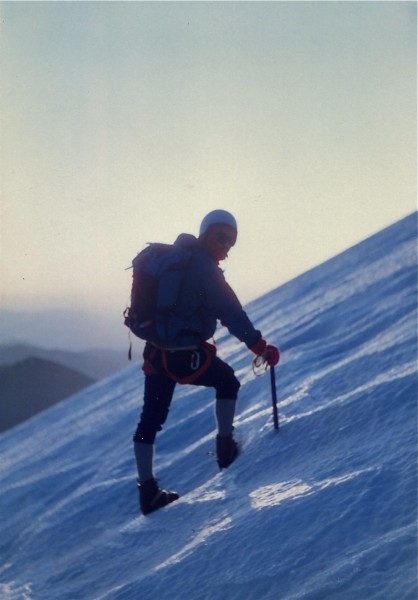 Tuolumne Tradster, sunrise on the Hotlum Glacier, Mt Shasta, 1980s