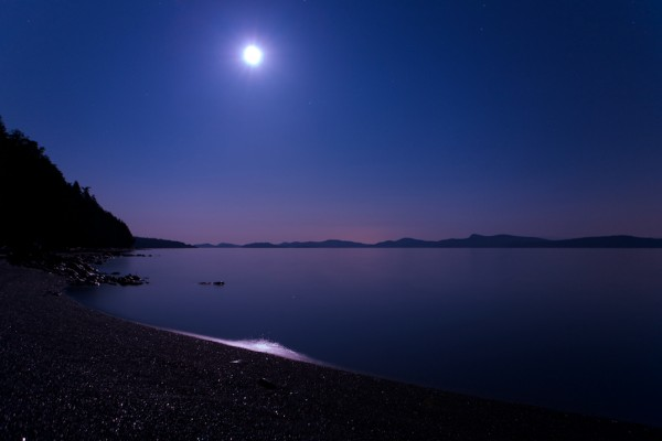 Full Moon over Sabine Channel as seen from Texada Island, Vancouvers l...