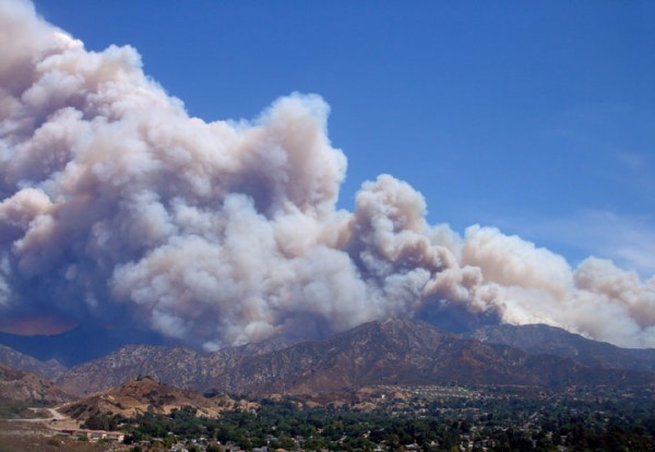 Station Fire over Tujunga, Day 4