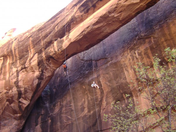 simul rappel in action  Moab Utah