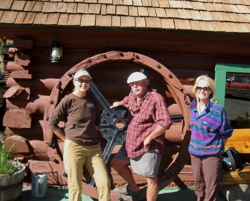 Hossjulia, Guido, & Lynnie at Tioga Pass Resort.