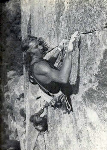 Jim Bridwell leading the crux of Butterfingers, 5.11a