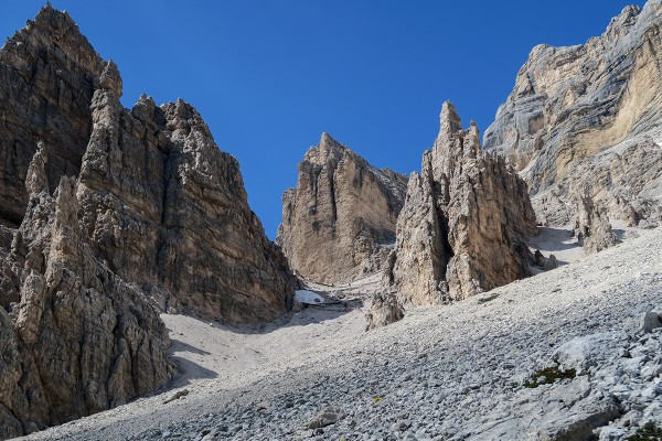 Looking back up at the descent from the Tofana