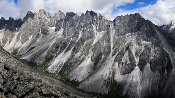 All over 5300m, A grade granite, none climbed.