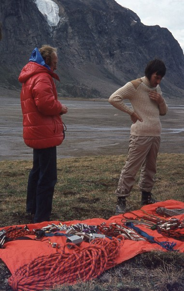 Ken and Dave consider the gear options.....