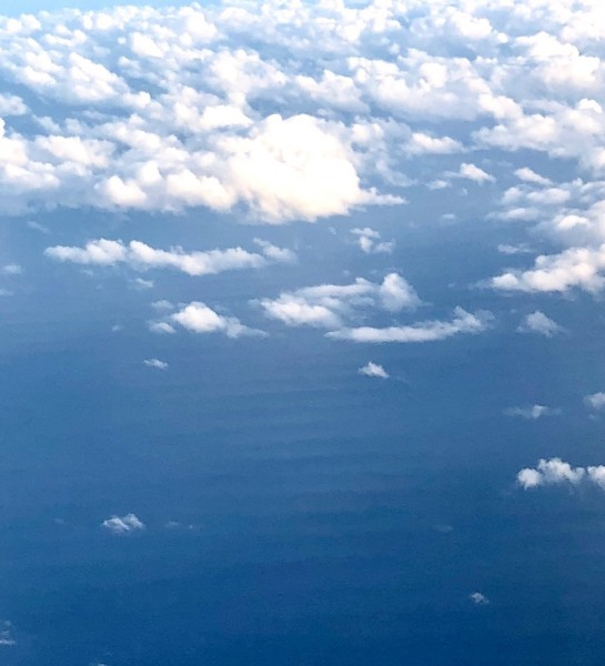 50' swell near Maui still visible from over 10,000 feet. January 12, 2...