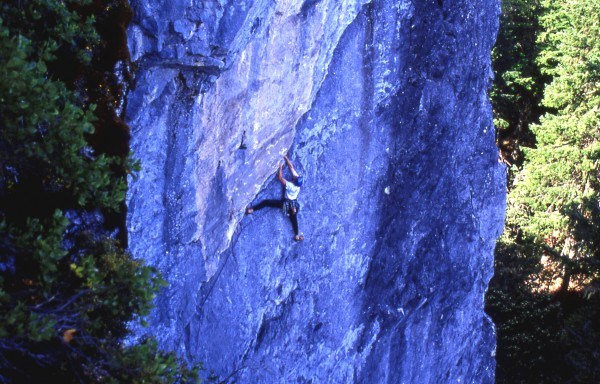 Paul Humphrey on his route &quot;High Country&quot;, pitch 2 of the country crac...