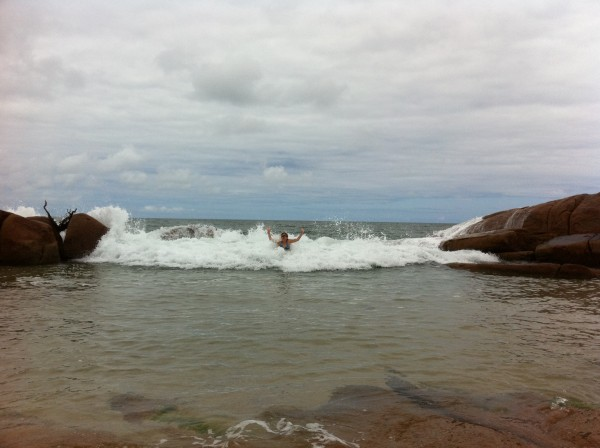 Natural Infinity pool with occasional big wave next to bouldering.