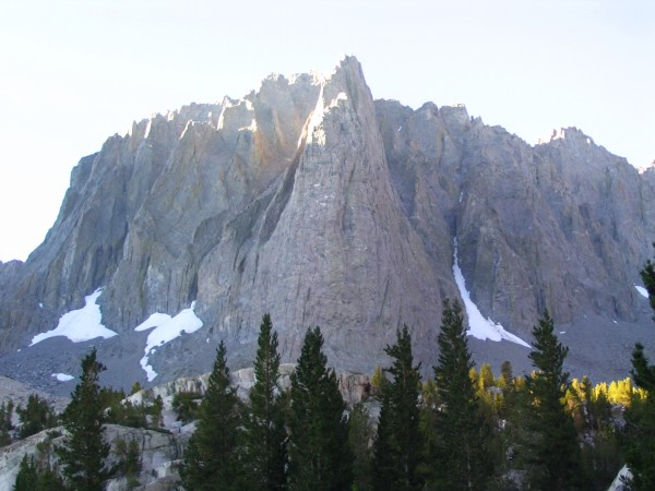 The peak looks BEAUTIFUL! Dark star runs up the big ol' buttress in th...