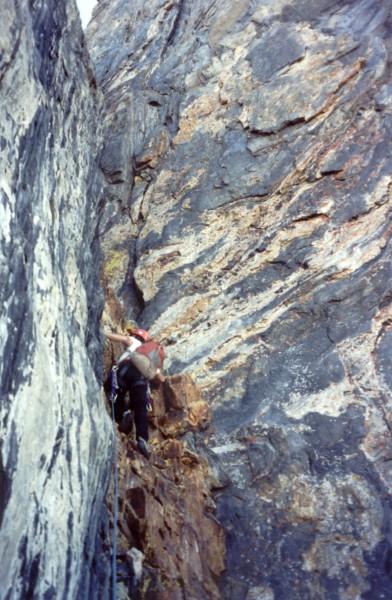 quartzite cleft, ~pitch 11 on Morrison DNB