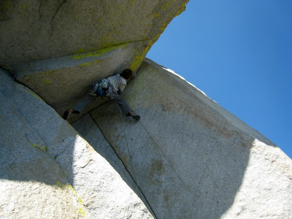 Pulling the final crux on pitch five of Don Juan, The Needles, CA