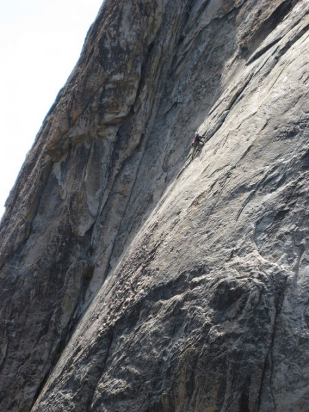 Rob &quot;Mungeclimber&quot; Behrens leads the crux first pitch on FA of The Bur...