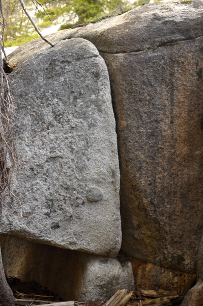 Unclimbed boulder crack (5.10a?), Olmstead Canyon